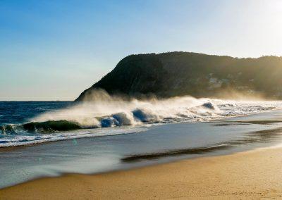 Itacoatiara - Windy Wave